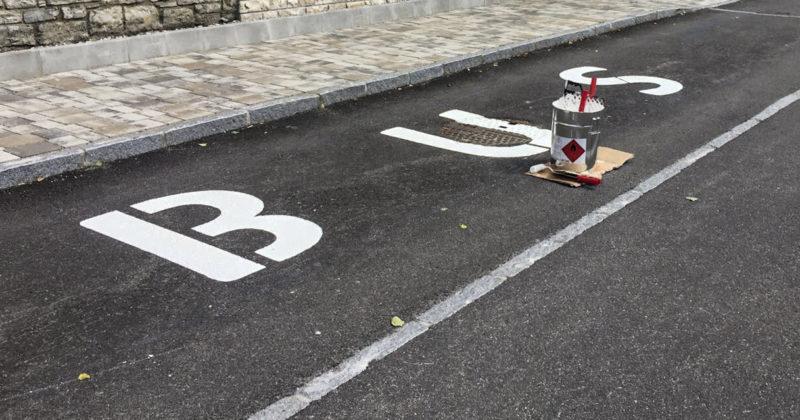 Bus Parkplatz Markierung